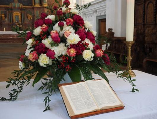 """""""Sincere Sorrow Sympathy funeral basket"""""""