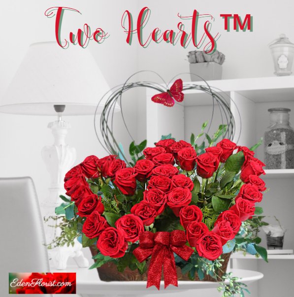 """""""Two Hearts Roses Bouquet"""""""