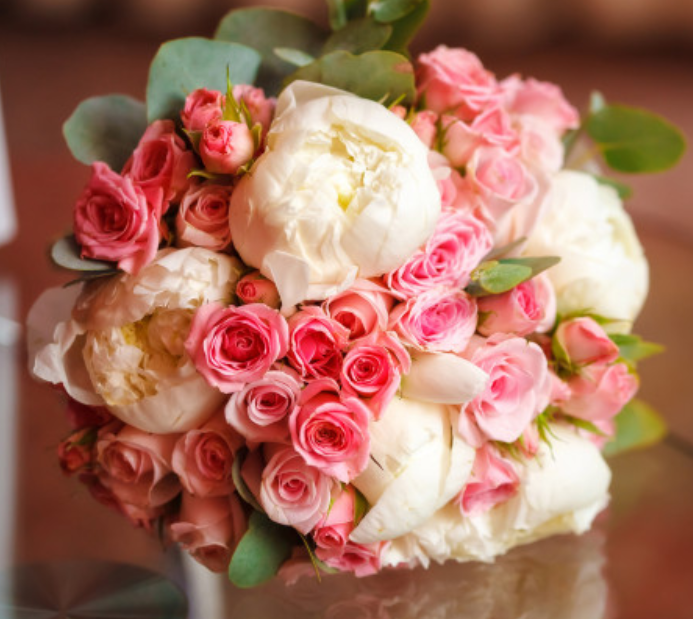"""""""Lush pink and white bridal bouquet"""""""