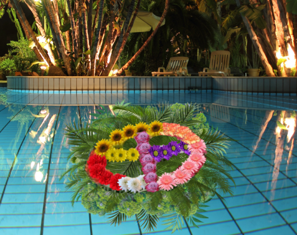 """""""Peace Sign Pool Float"""""""