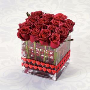 """Sexy 16 roses in square vase"""